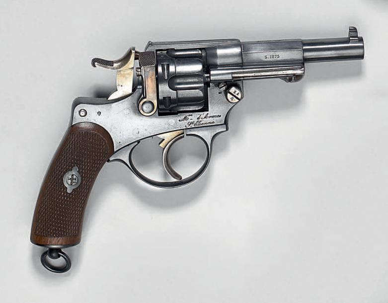 Revolver d'officier modèle d'ordonnance 1874, simple et double action, calibre 11…