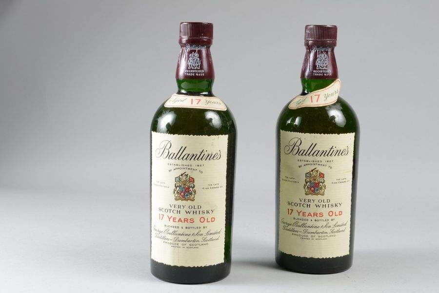 "2 bouteilles: SCOTCH-WHISKY ""17 years"", Ballantine's"
