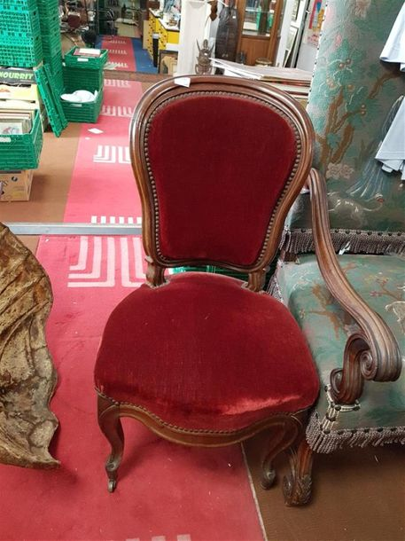 Chaise style Louis XV, 4 chaises bistro cannées, 1 chaise d'appoint, 1 fauteuil…