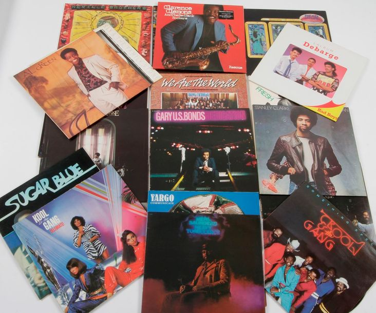 ARTISTES DIVERS dont : STANLEY CLARKE / KOOL & THE GANG Ensemble de 20 disques 3…