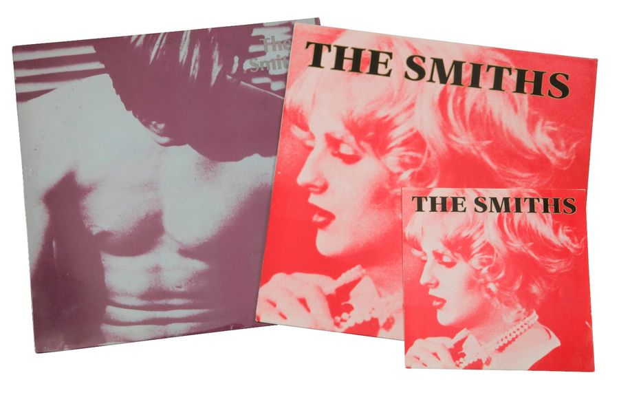 [ANDY WARHOL] Lot de 33 T, un maxi 45 T et un 45 T (1984) du groupe The Smiths. …