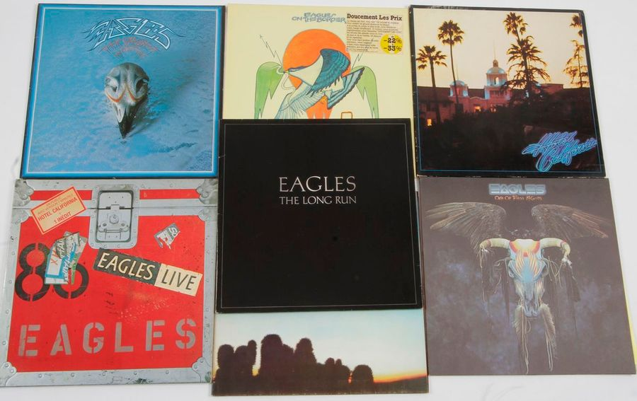 EAGLES Ensemble de 7 disques 33 T. 31 x 31 cm 12 x 12 inches