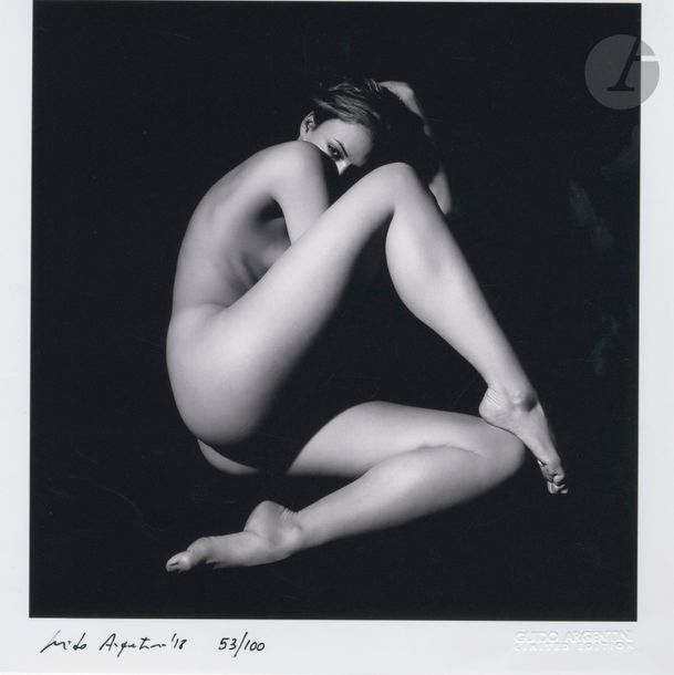 ARGENTINI, GUIDO (1966) Shades of Woman. Guido Argentini, 2010. In-4 (29,5 x 29,5…