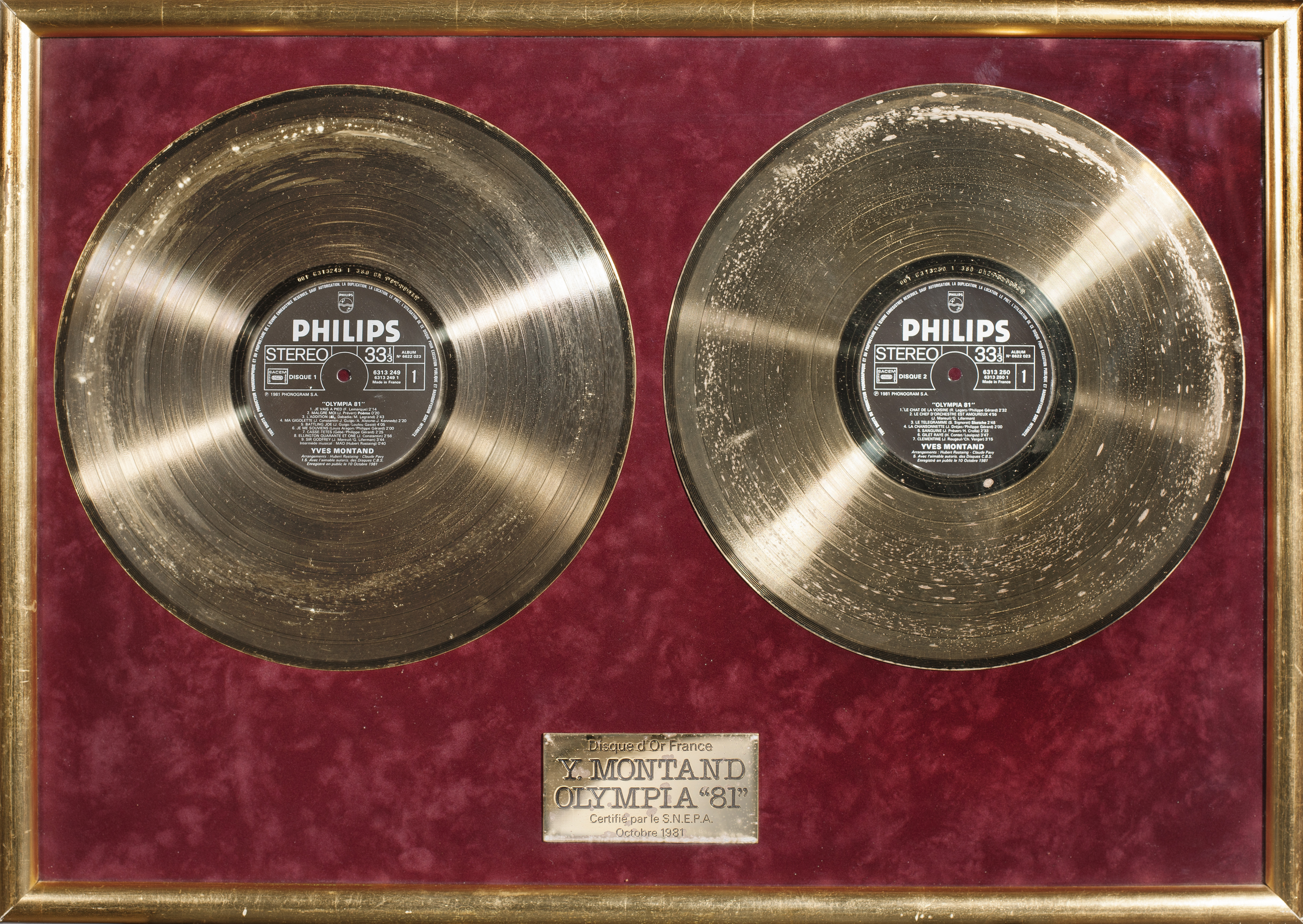 disque d'or d'Yves Montand « Olympia 81 »